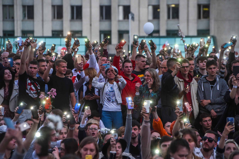 Les appels à manifester contre la violence et les fraudes se multiplient en Biélorussie, depuis la réélection contestée du président Alexandre Lukachenko, le 10 août 2020.