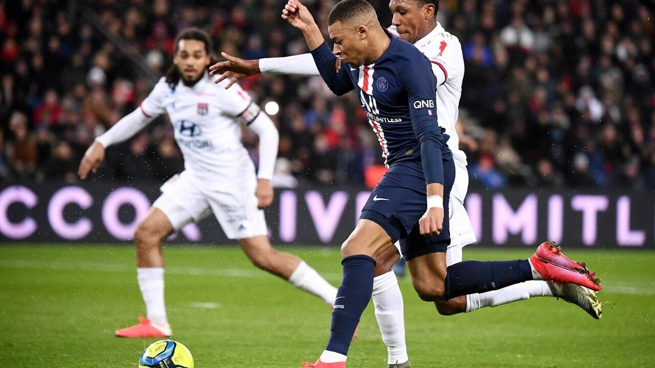 Téléfoot, beIN, RMC, Canal ... How to watch football this season? - France 24   tellerreport.com