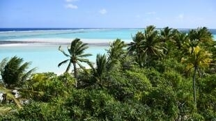 Une plage de l'île de Nukutepipi en Polynésie française le 18 juillet 2019