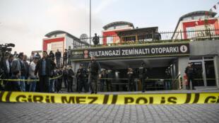 Les enquêteurs turcs ont bouclé l'accès au parking où une voiture diplomatique saoudienne a été abandonnée.
