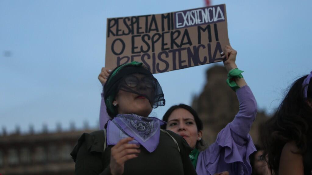 Diez mujeres son asesinadas cada día en México.