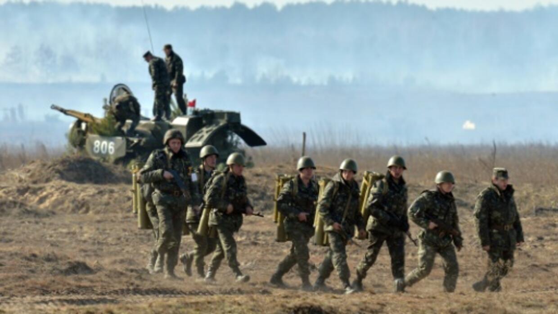 Ukraine foes defer troop pullback, delaying key peace summit