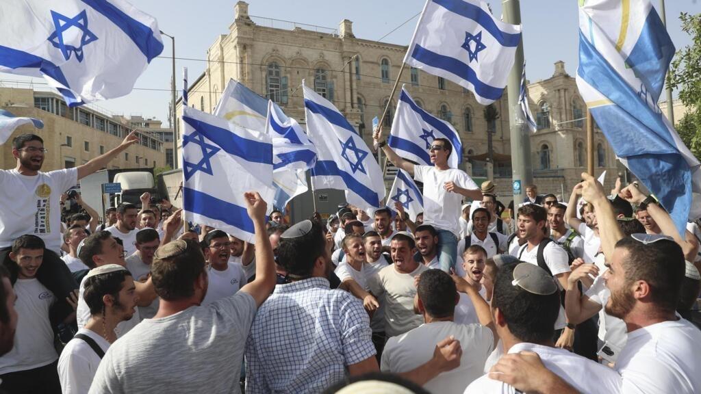"""Une """"marche des drapeaux"""" sous haute tension à Jérusalem"""