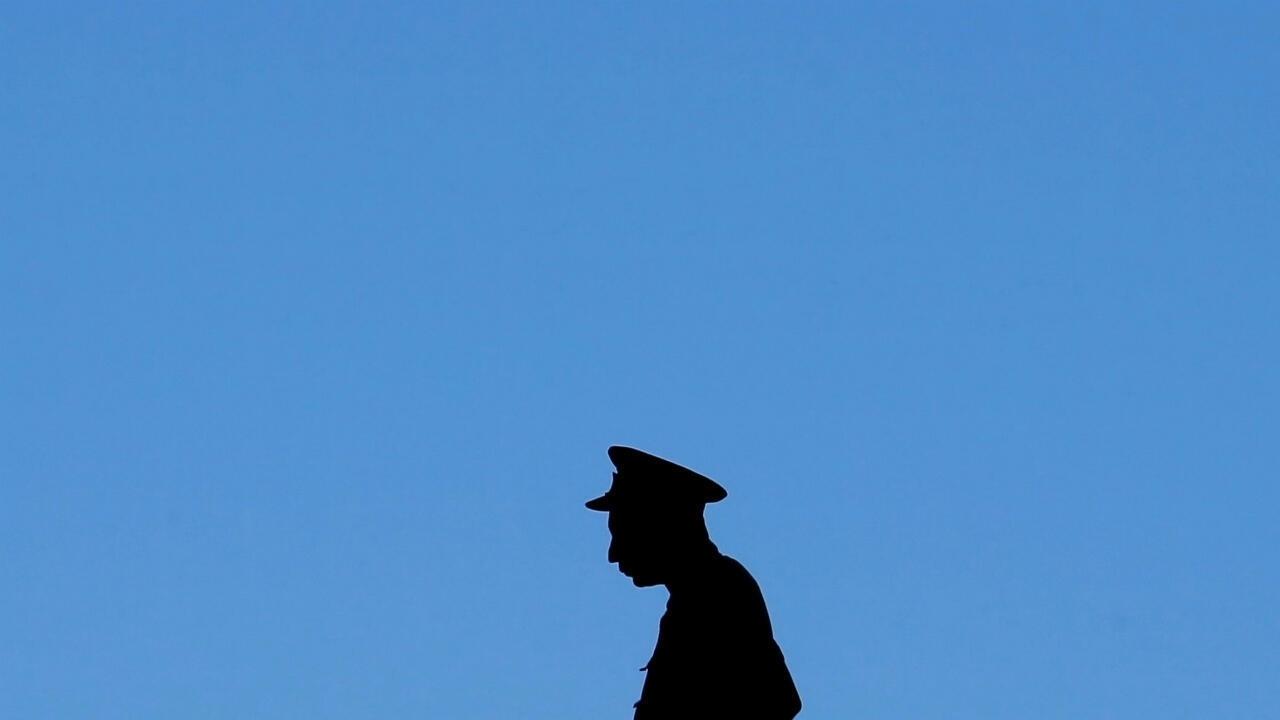 La police sri-lankaise recherche activement 140 personnes soupçonnées d'avoir des liens avec le groupe État islamique.