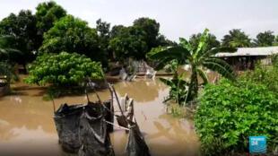 Des pluies diluviennes et la crue du fleuve Oubangui ont fait 28 000 déplacés en Centrafrique.