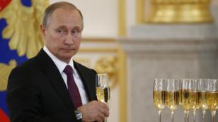 Le président russe, Vladimir Poutine, lors d'une cérémonie au Kremlin, en novembre 2016.