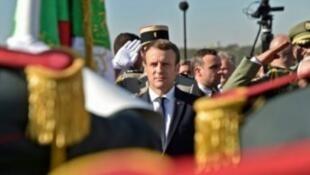 الرئيس الفرنسي إيمانويل ماكرون خلال زيارته للجزائر