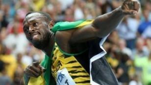 أوساين بولت فاز بثماني ذهبيات أولمبية وهو حائز الرقم القياسي العالمي لسباقي 100 م و200 م.