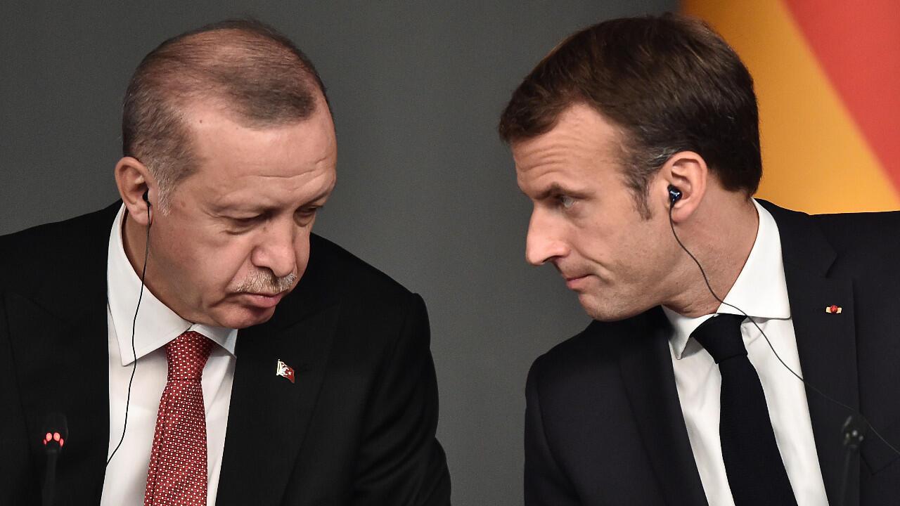 Le président turc Recep Tayyip Erdogan et le président Emmanuel Macron lors d'un sommet sur la Syrie organisé à Istanbul, le 27 octobre 2018.