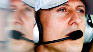 Archivo: El piloto de Fórmula 1 Michael Schumacher en el circuito Albert Park durante el Gran Premio de Australia el 16 de marzo de 2012.