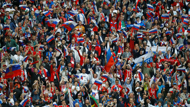 Los hinchas rusos celebraron la victoria de su Selección que, en su próximo partido, este 19 de mayo, se enfrentará a Egipto.