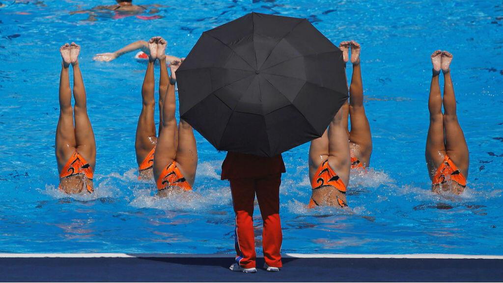Esta es la práctica del equipo de nado sincronizado de Corea del Norte.