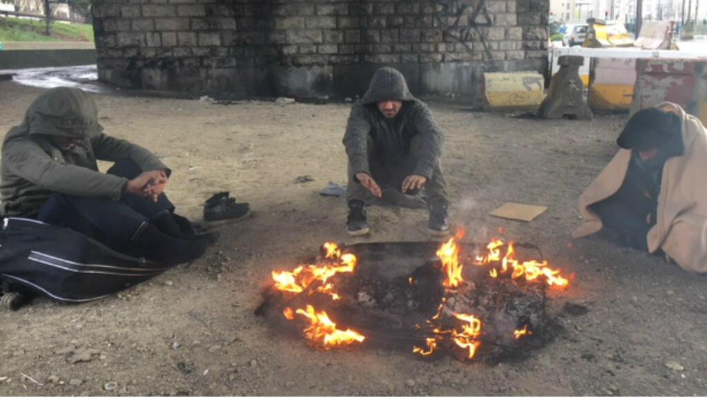 Refugees still sleeping rough in Paris despite Macron's promises