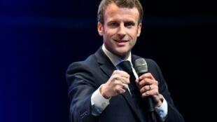 Emmanuel Macron aux Assises des maires bretons à Saint-Brieuc, le 3 avril 2019