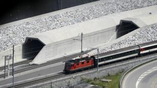 Avec ses 57 km, le tunnel du Saint-Gothard, en Suisse, est le plus plus long au monde.