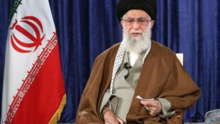 El líder supremo iraní, el ayatolá Alí Jamenei, el 9 de abril de 2020 en Teherán