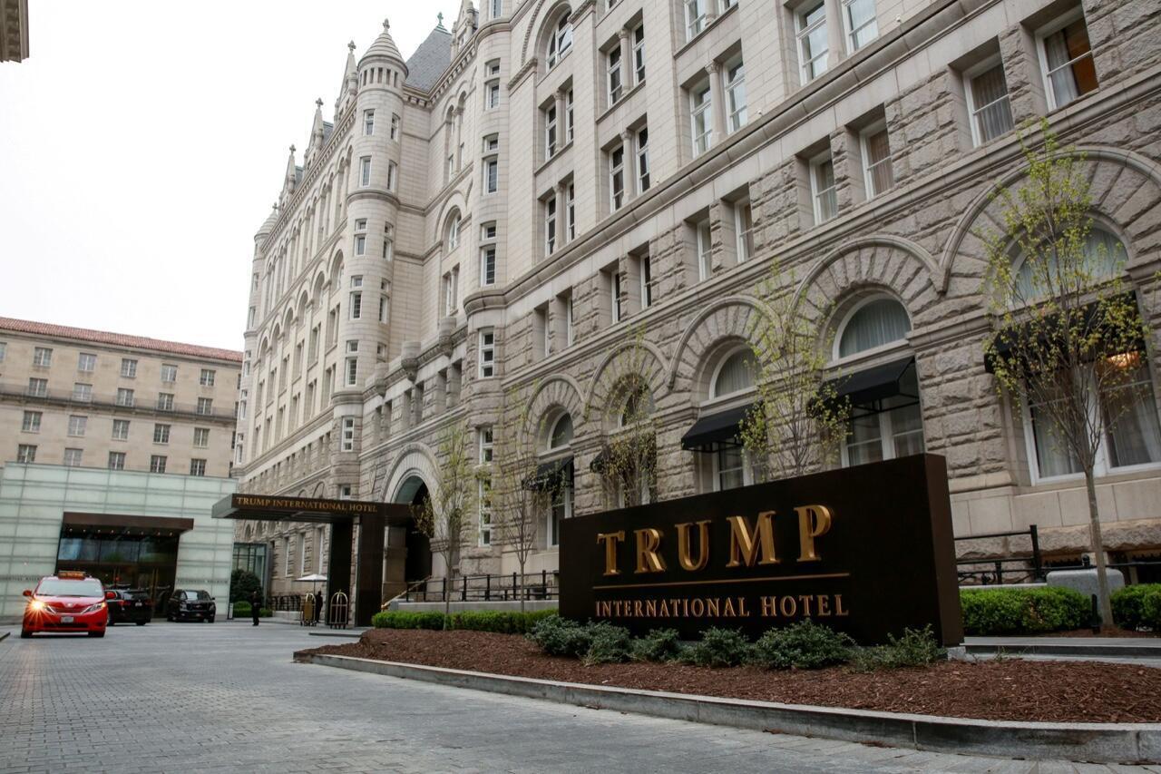 Una vista general del Trump International Hotel en Washington, Estados Unidos, el 18 de abril de 2019.