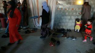 Des femmes yazidies réfugiées dans une maison à Dohuk, dans le Kurdistan irakien, le 24 novembre 2016.