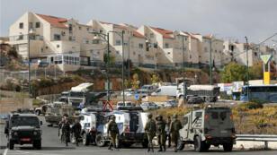 Presencia de tropas israelíes cerca de la colonia de Kiryat Arba, en Hebrón, Cisjordania ocupada, el 5 de noviembre de 2018.