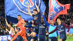 Le PSG remporte un 7e titre de Champion de France.