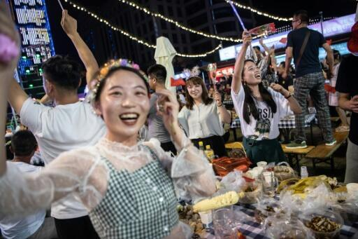 Qingdao remembers its German past with massive beer festival