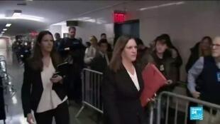 2020-02-18 10:10 Procès Weinstein : Ouvertes, les délibérations du jury s'annoncent compliquées