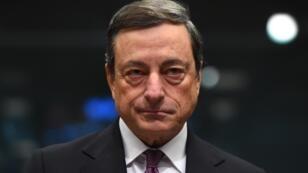 Mario Draghi, le très influent patron de la BCE, tient, pour l'instant, l'avenir des banques grecs entre ses mains.