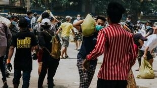 MYANMAR MIÉRCOLES 1 (1)