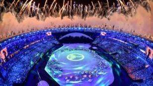 يشارك في هذه الدورة 11288 رياضيا من 207 دول سيتنافسون على 306 ميداليات