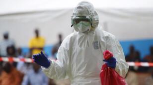 L'OMS s'attend à terme à plus de 20 000 cas de fièvre Ebola.
