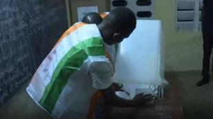 La Côte d'Ivoire attend le verdict des urnes après des élections locales dans le pays, le 13 octobre 2018.