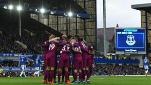 Victorieux à Everton, Manchester City est désormais tout proche de son cinquième titre.