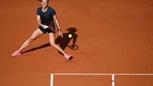 Fiona Ferro face à la Roumaine Patricia Maria Tig au 3e tour de Roland-Garros, le 3 octobre 2020