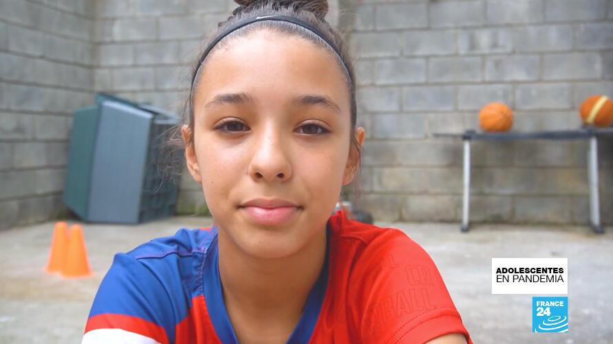 A pesar del encierro decretado por el Gobierno de Costa Rica, María José Acón pudo seguir practicando baloncesto desde su casa, en Heredia.