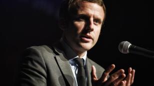 Le ministre de l'Économie Emmanuel Macron a été chahuté en plein discours à Lyon, mardi 13 octobre.