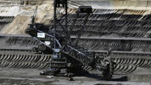 Extracción de carbón en la mina de Garzweiler, en el oeste de Alemania, el 19 de junio de 2019.
