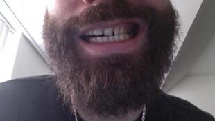 La barbe de l'artiste français Woodkid sur Twitter