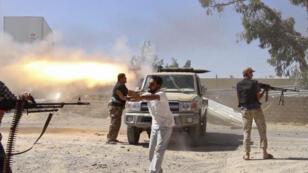 Combats à l'aéroport de Tripoli, le 26 juillet 2014.