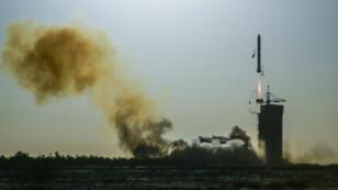 La fusée Longue Marche-2C a décollé, le 29 octobre 2018, depuis la base de lancement de Jiuquan, en Chine.