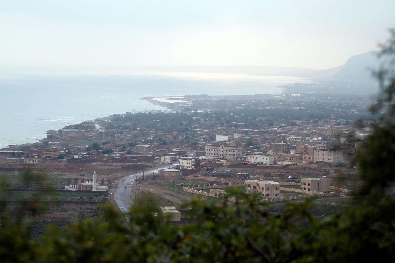 FILE PHOTO: A view shows Hadibu city on the capital island of Socotra November 21, 2013.