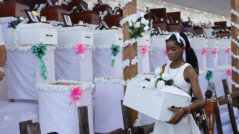 Bojayá entierra los muertos de una de las peores masacres de Colombia - FRANCE 24