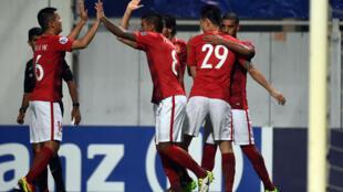 سيكون عناق اللاعبين ممنوعا بعد التسجيل في الدوري الصيني لكرة القدم