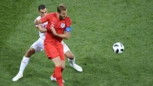 هداف المنتخب الإنكليزي أهدى الفوز لفريقه في الوقت بدل الضائع. 2018/06/18