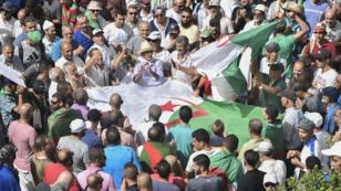 Les Algériens ont manifesté vendredi9août pour la 25esemaine consécutive.