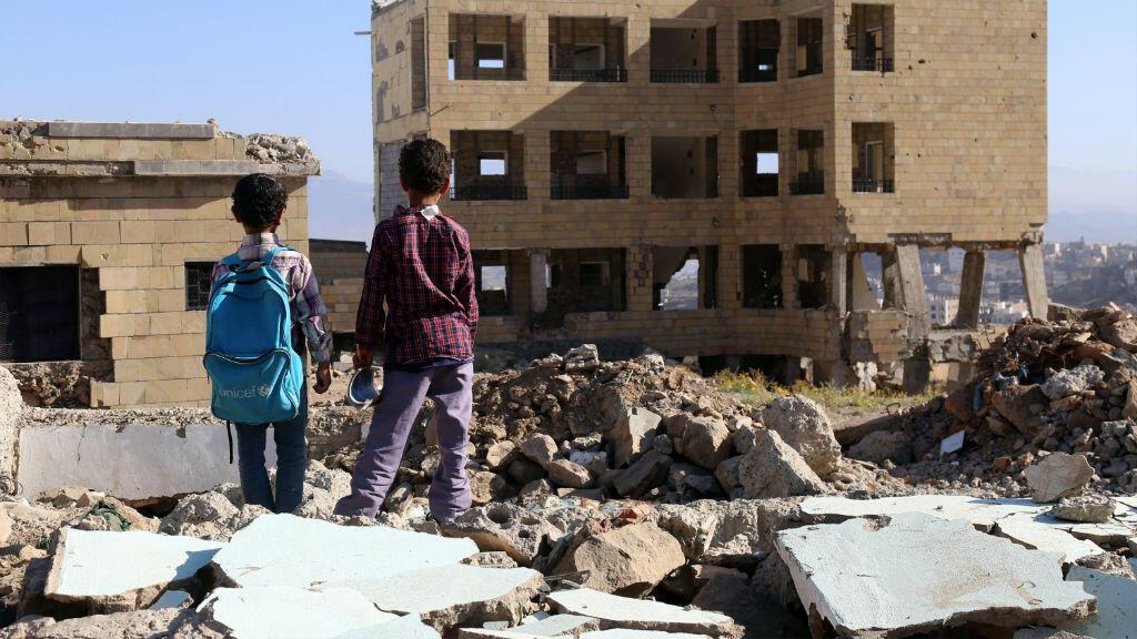 Au Yémen, depuis deux ans, les avions de combat de la coalition mènent quasi-quotidiennement des frappes aériennes.