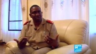 Le général Godefroid Niyombaré, interviewé par France 24, en 2012.