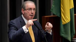 L'ex-président du Congrès brésilien, Eduardo Cunha, a été arrêté pour son implication dans le scandale Petrobras au Brésil.
