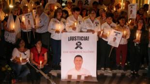 Ciudadanos piden justicia en el caso del asesinato del candidato José Remedios Aguirre, quien aspiraba a una alcaldía local, el 11 de mayo de 2018.