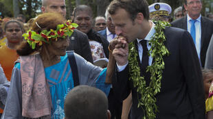Le président Emmanuel Macron, après la cérémonie de Wadrilla sur l'île d'Ouvéa, en Nouvelle-Calédonie.