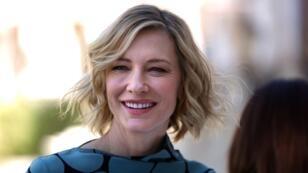 L'actrice australienne, Cate Blanchett, lors d'une séance photo, le 7 décembre 2017, à Dubaï.
